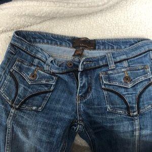 Urban behavior flare leg size 7 jeans w black trim